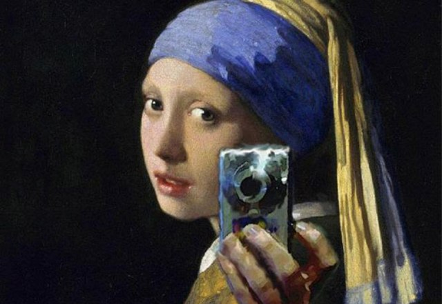 Girl with Selfie